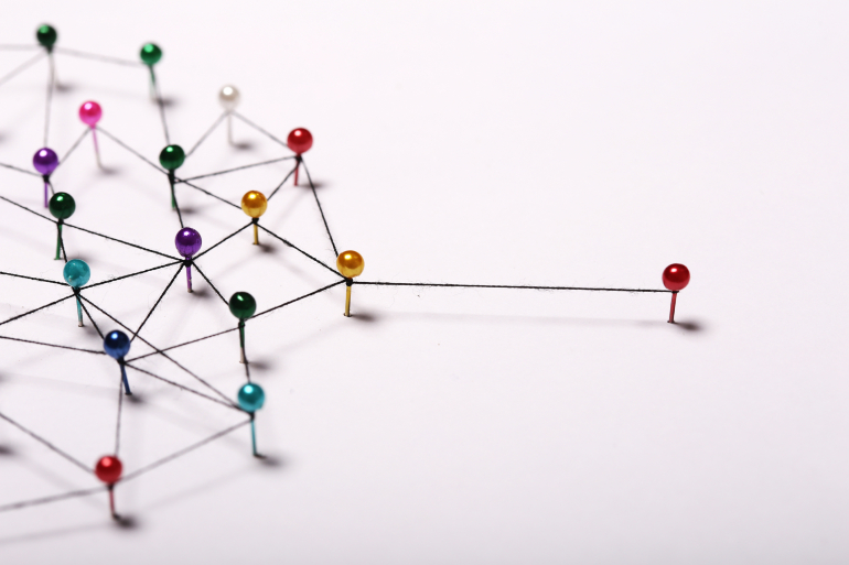 Illustration of link building process for SEO in Japanese