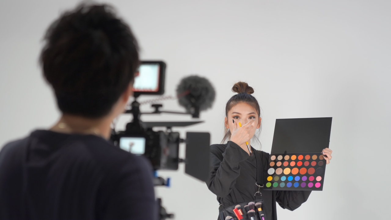Media influencer giving brand some good publicity in Japan